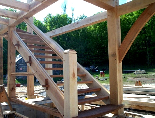 <b>Sainte-Marthe, Quebec</b><br>Maple timber framed staircase