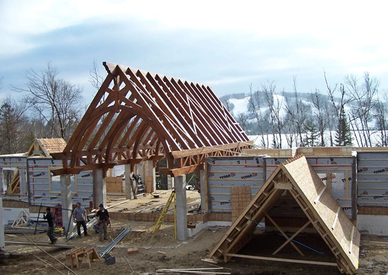 <b>Mont-Tremblant, Quebec</b><br>Timber frame home on Lac Ouimet