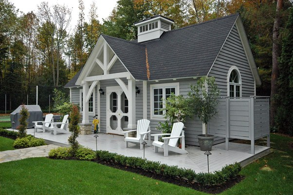 <b>Hudson, Quebec</b><br>Timber frame pool house