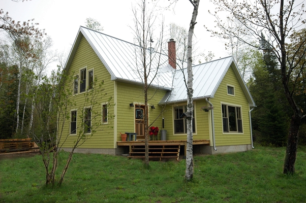 <b>Saint-Jovite, Quebec</b><br>Timber framed home exterior