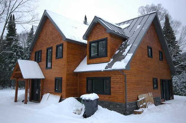 <b>Mont-Tremblant, Quebec</b><br>Hybrid timber frame home