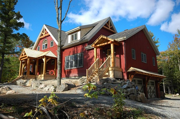 <b>Chelsea, Quebec</b><br>Timber framed home